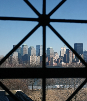 Manhattan skyline vanaf Ellis Island
